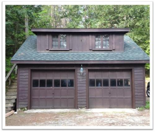 Garage door replacement in Tuftonboro New Hampshire (before photo)